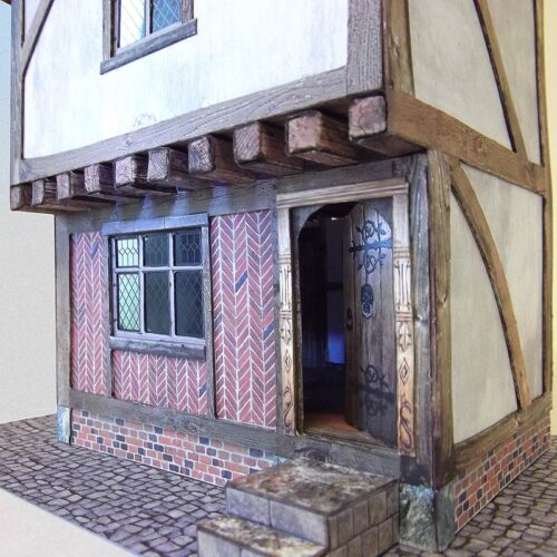 closeup-tudor-house-7mm